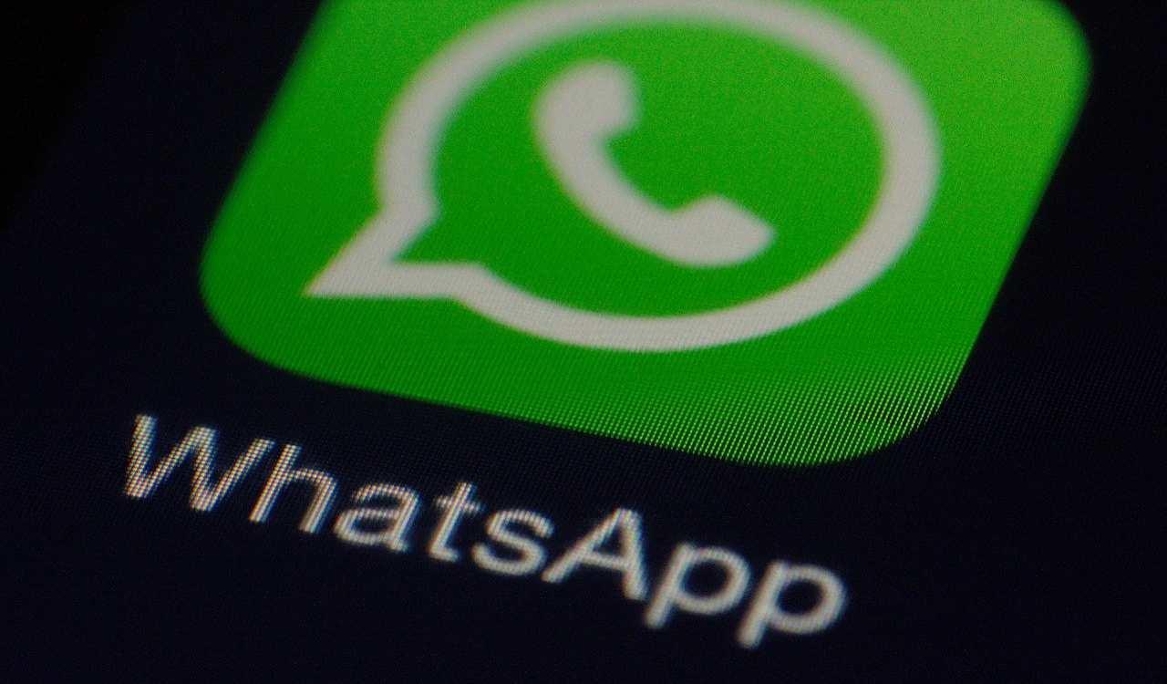 WhatsApp: i messaggi spam si bloccano così