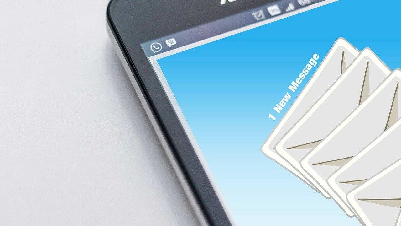 messaggio poste su cellulare