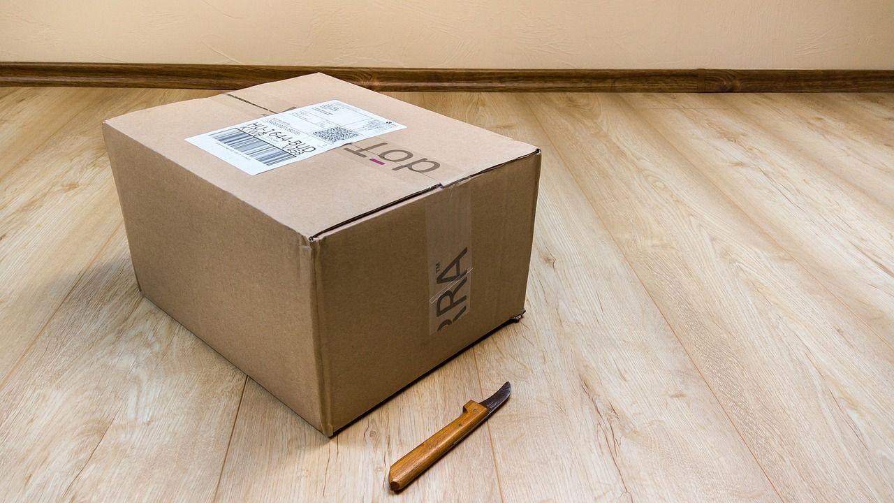 Truffa, attenzione ai messaggi di consegna dei pacchi