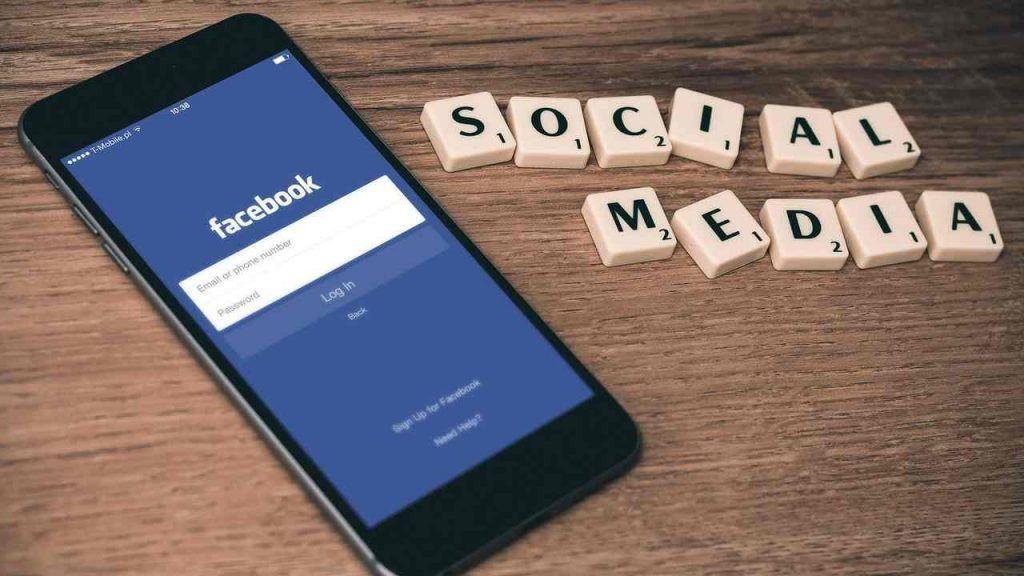 Facebook, ecco come si possono esportare e archiviare i post