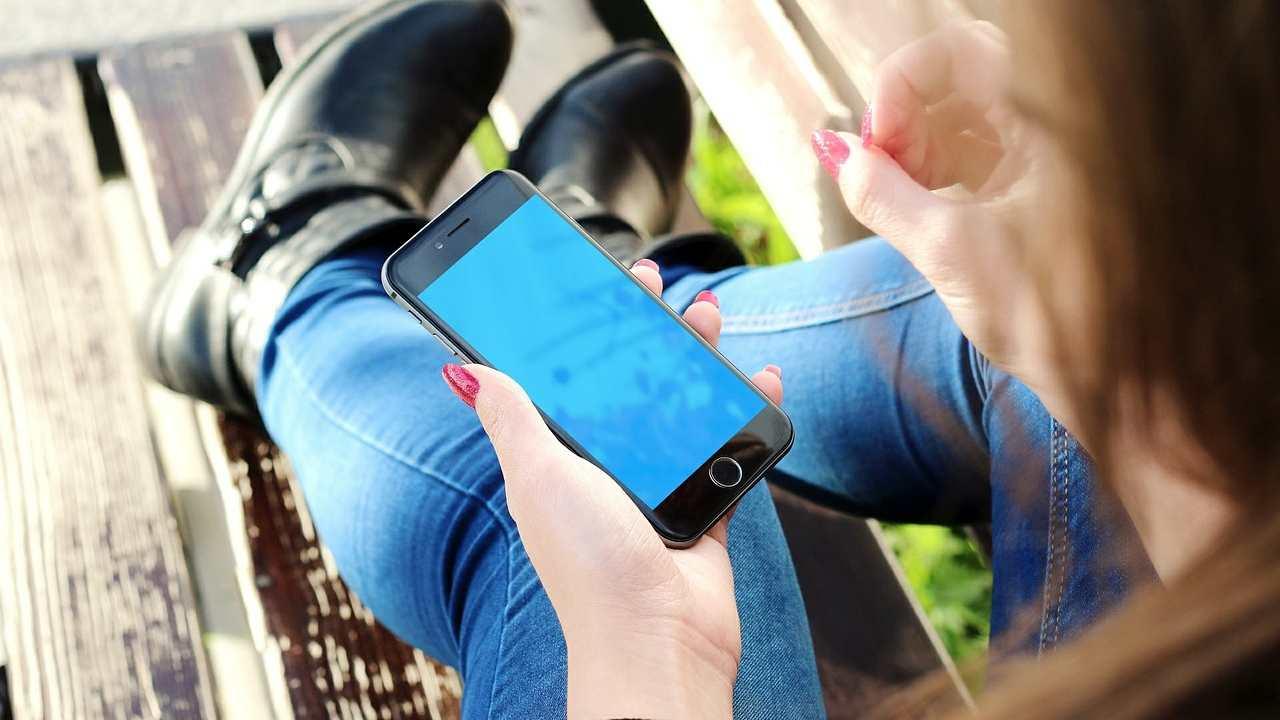 WhatsApp e il problema delle app per il cyberstalking