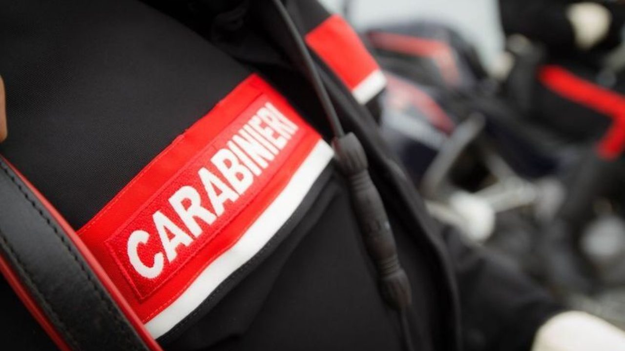 Poliziotti multati dai Carabinieri