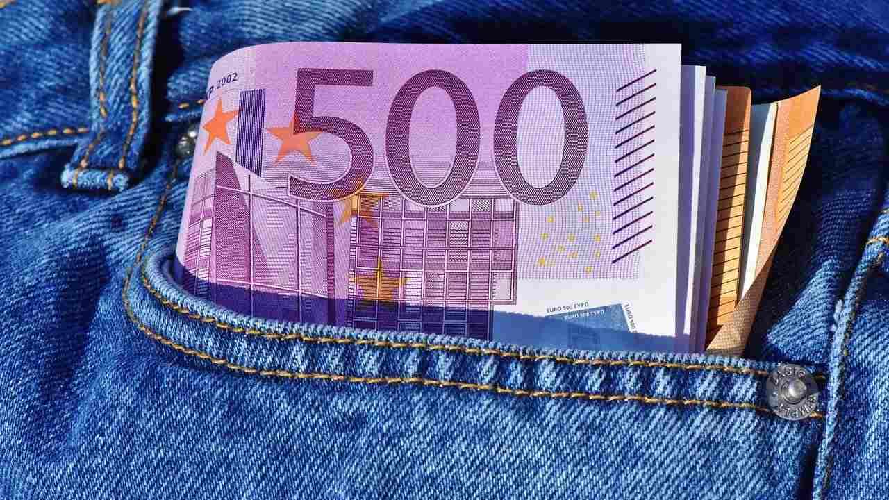 Salari Italia