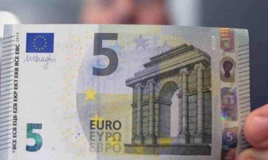 Banconota da 5€, se c'è questo dettaglio vale un tesoro