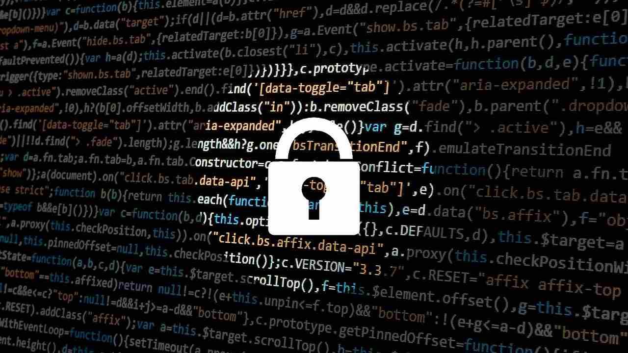 La sicurezza dei server della PA è a rischio, il monito del Ministro Colao