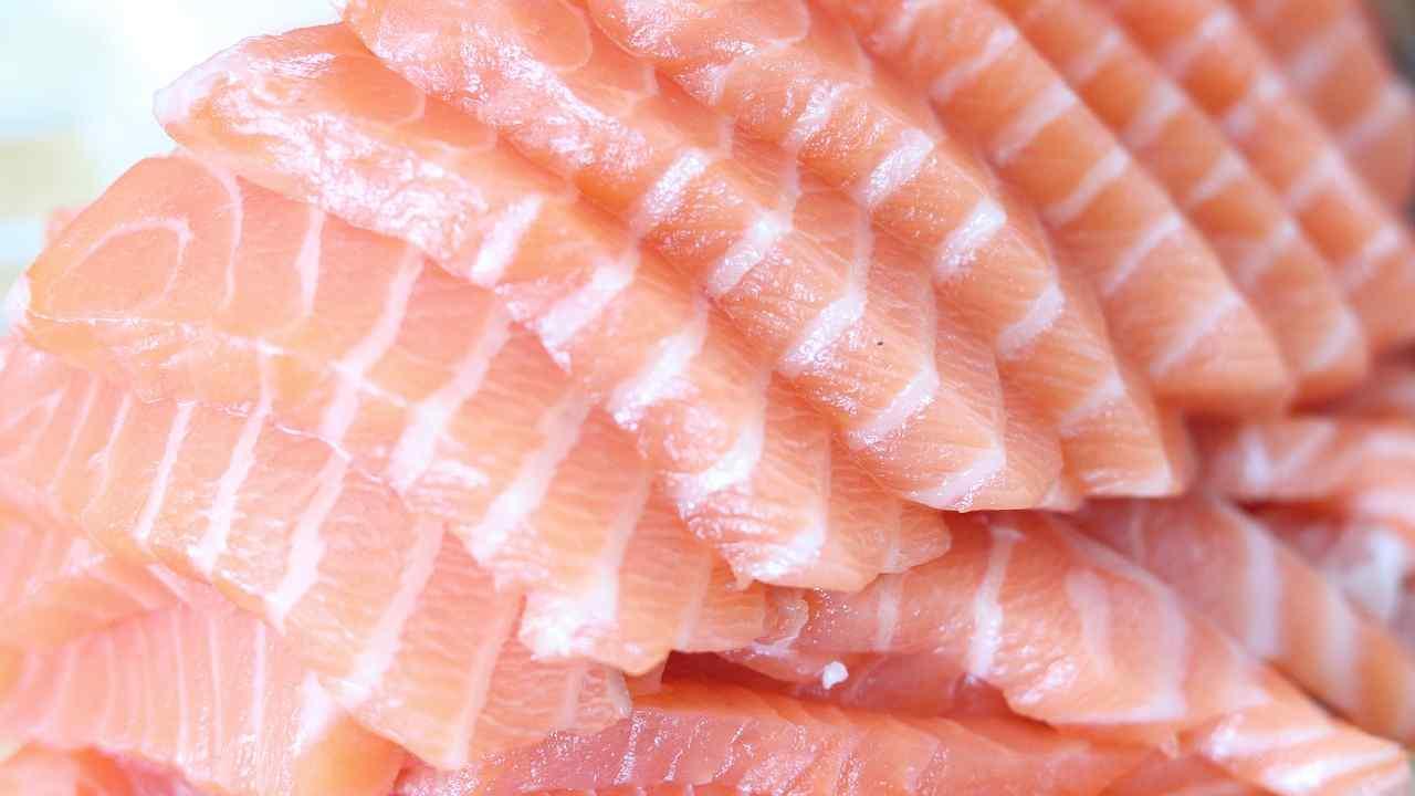 Richiamo alimentare, ritirato tonno per rischio chimico