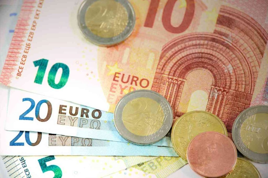 Pensioni, in arrivo bonus di 155 euro: ecco a chi spetta