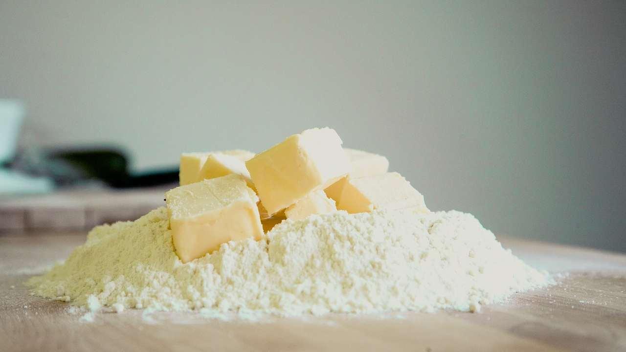 Richiamo alimentare, 8 marchi di burro a rischio glutine