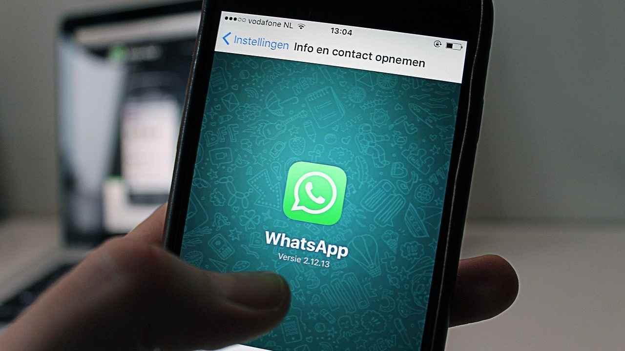 WhatsApp, mai più video e foto in bassa risoluzione