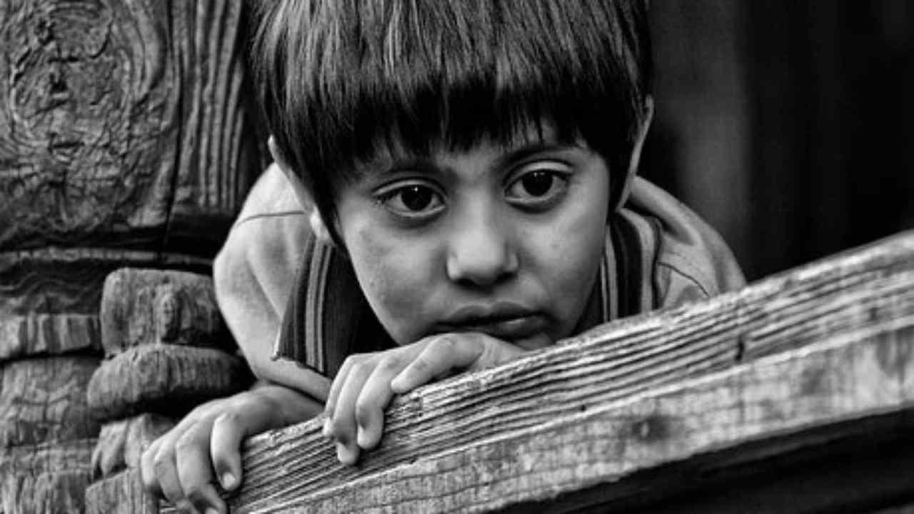 bambini orfani