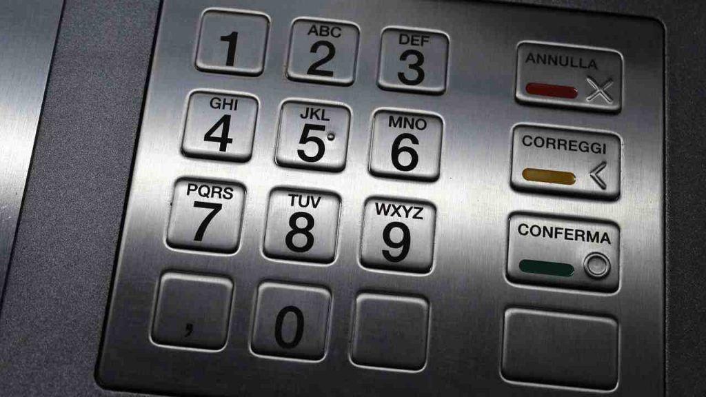 Pin bancomat, provate questa cosa allo sportello: non ci crederete