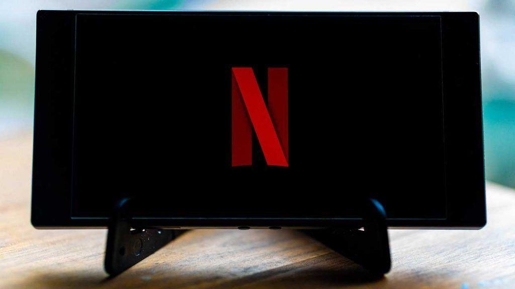 Netflix assume