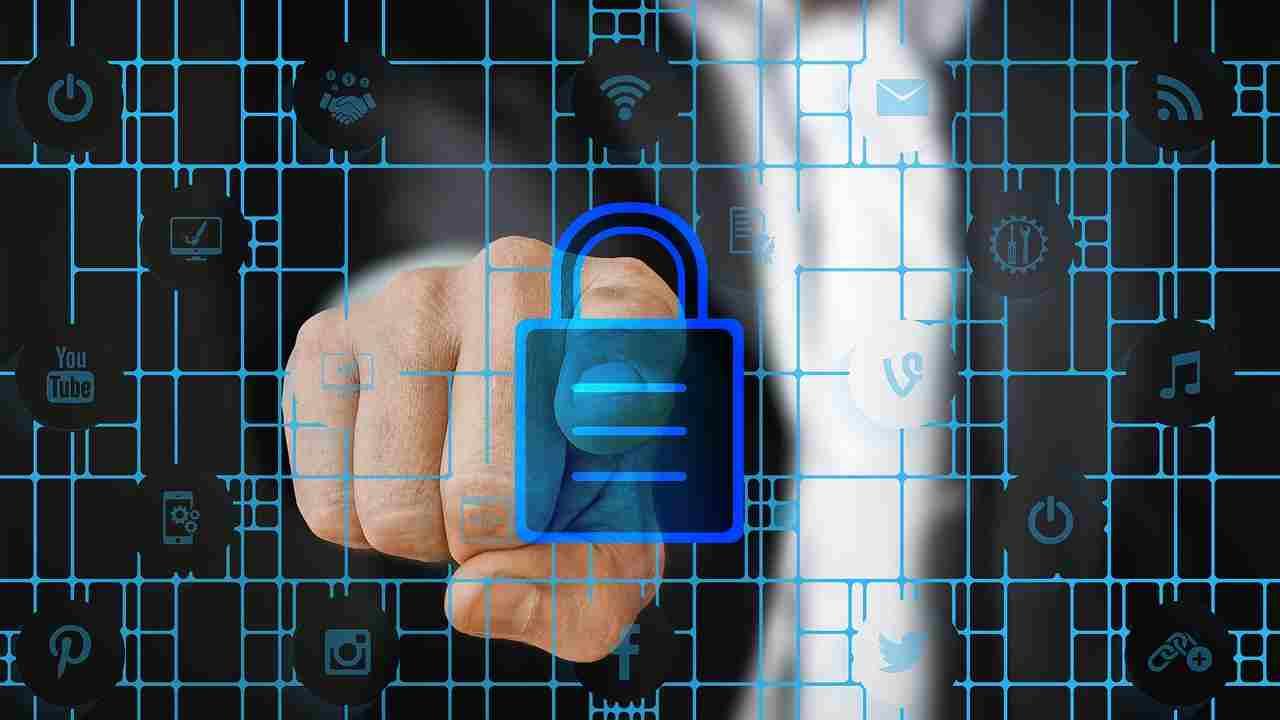Virus informatico, anche Accenture vittima di ransomware