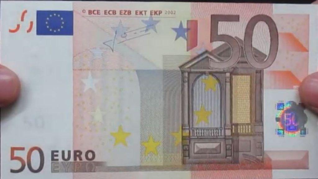 Truffa delle banconote false: ecco come riconoscerle