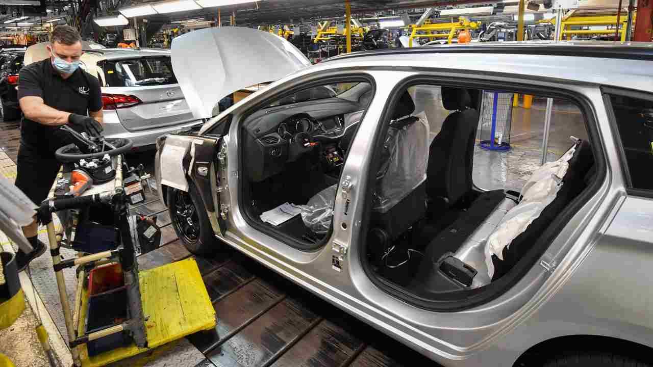 fabbricazione auto