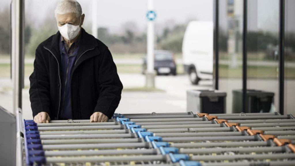 """In Olanda apriranno le """"casse lente"""" per gli anziani che vogliono fare due chiacchiere al supermercato"""