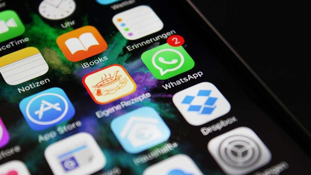 WhatsApp, a cosa serve il nuovo pulsante appena apparso